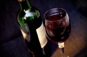 יתרונות בצריכת יין אדום קשורים לבריאות טובה יותר של המעיים, כך לפי מחקר חדש