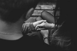 מדוע אנשים בוגדים, גם כשהם מאוהבים?